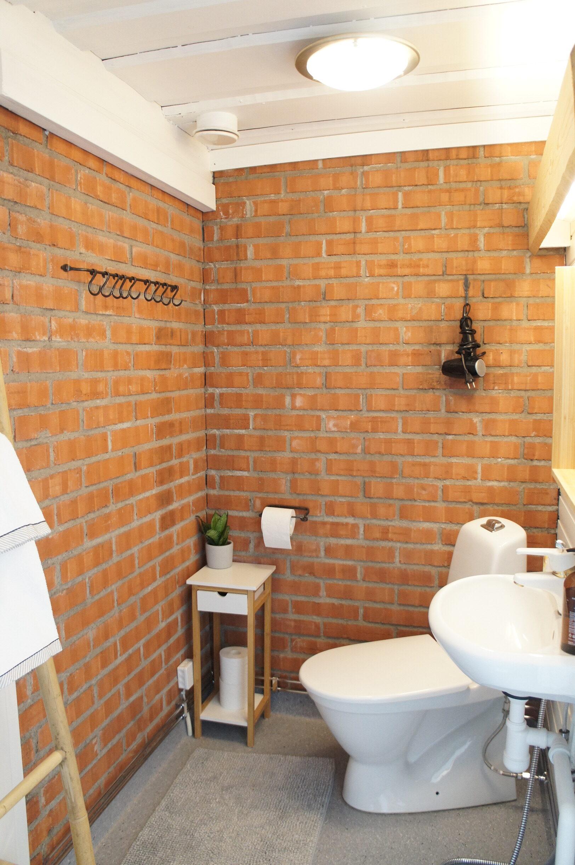 Bathroom Pics 2